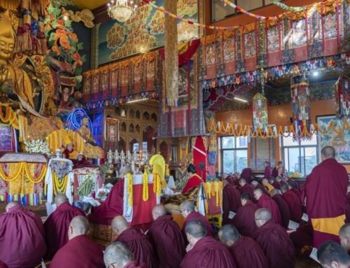 Gioiamo per la recente Puja di Lunga Vita per Lama Zopa Rinpoce