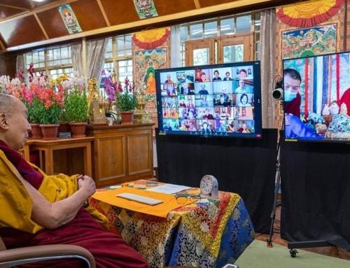 La Comunità FPMT gioisce per gli insegnamenti di Sua Santità il Dalai Lama